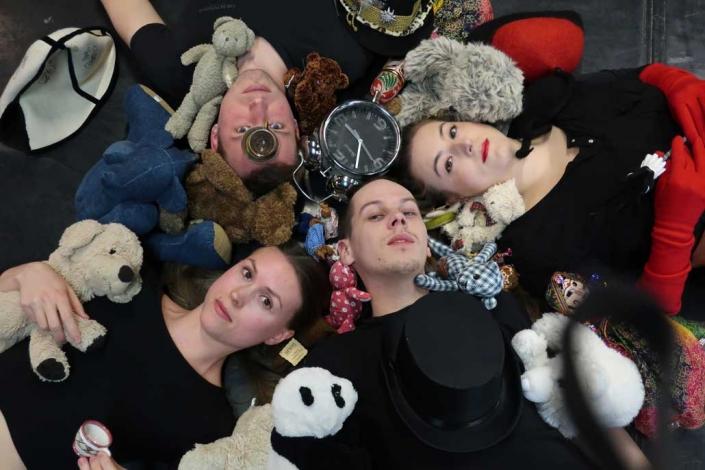 Alice im Wunderland IFANT Theaterpaedadogik Ausbildung 06