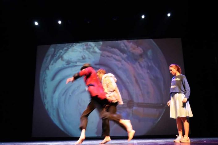 Alice im Wunderland IFANT Theaterpaedadogik Ausbildung 11