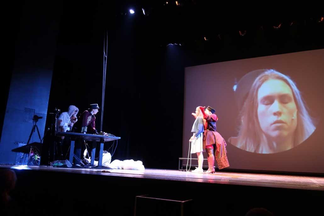 Alice im Wunderland IFANT Theaterpaedadogik Ausbildung 14