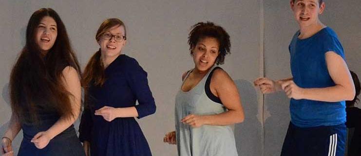 Ein-Jahr-Schauspiel-und-Theaterpaedadogik